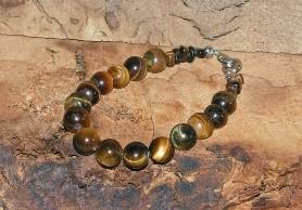 Eserocca the newest piece of jewelry